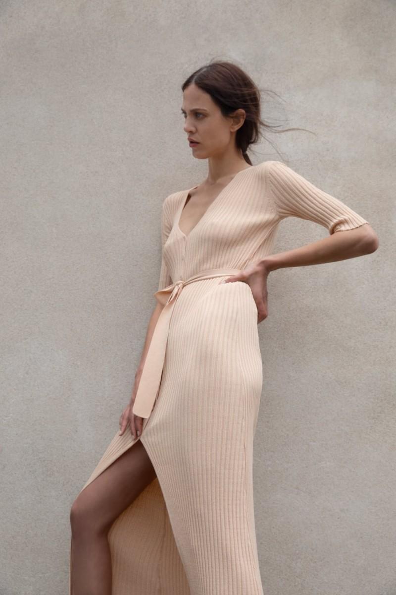 e3ba396502b Zara: Τα 20 φορέματα της νέας συλλογής κεντρίζουν απόλυτα το ...