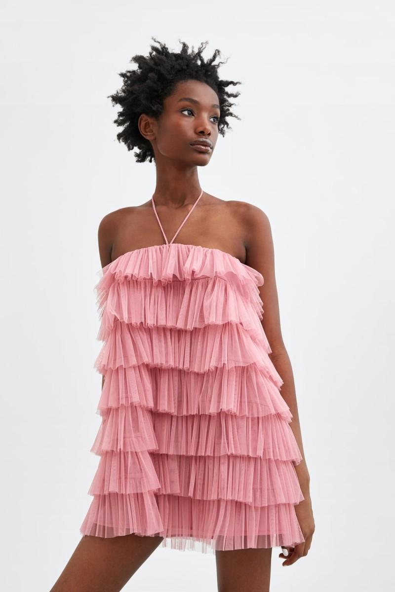 a2df8b1aa66 Zara: Αυτό είναι το καταπράσινο φόρεμα από τη νέα συλλογή που θες ...