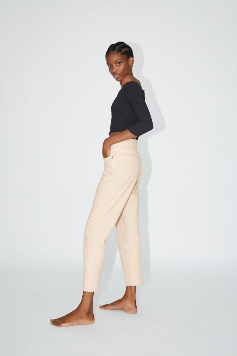 Zara - νέα συλλογή: Ξεχάστε τα κλασικά τζιν! Αυτή είναι η γραμμή που θα φορεθεί τον χειμώνα!
