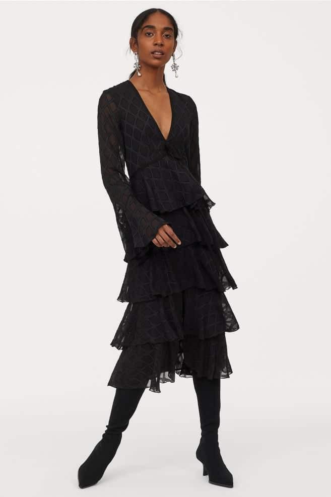Η&Μ - νέα συλλογή: Κορίτσια προσοχή! Αυτό το φόρεμα κοστίζει 149,00 ευρώ και έχουν