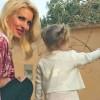 Ελένη Μενεγάκη: Η δημόσια βόλτα της με την μικρή Μαρίνα! Μεγάλωσε και ακολουθεί παντού τη μαμά της...(Βίντεο)