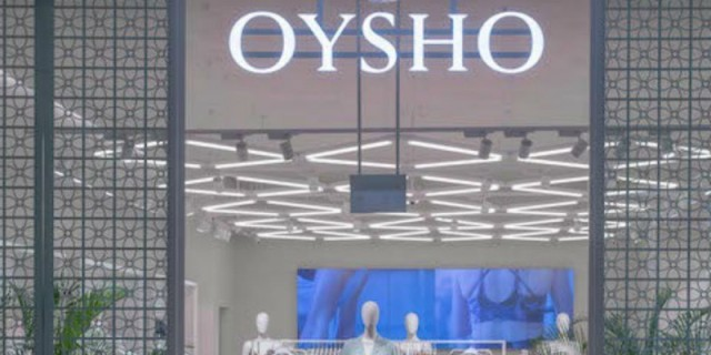 Το πιο παιχνιδιάρικο μαγιό των Oysho είναι αυτό το ολόσωμο καρό