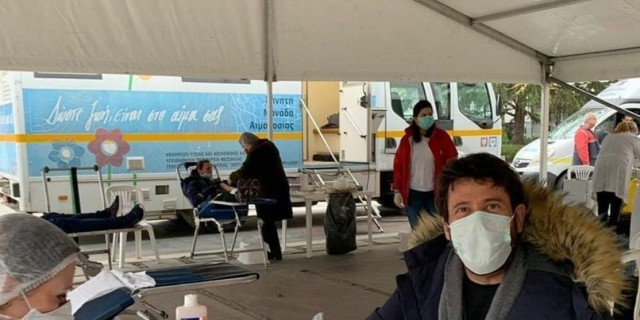 Ο Αλέξης Γεωργούλης καλεί πολίτες σε εθελοντική αιμοδοσία
