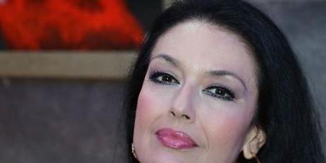 Ελένη Φιλίνη: Αποκάλυψε ποια θρυλική σειρά μπορεί να επιστρέψει στην τηλεόραση