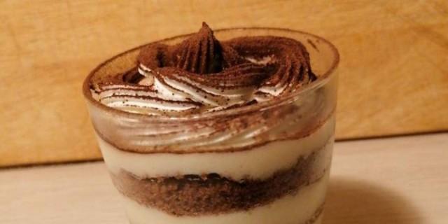 Γρήγορο γλυκό ψυγείου από περίσσευμα κέικ - Λιώνει στο στόμα