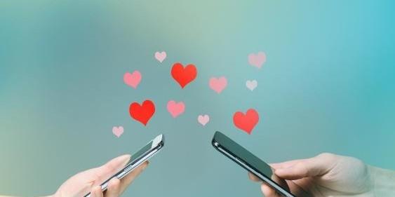 Κορίτσια προσοχή - Η αυτοαπομόνωση δεν είναι η κατάλληλη στιγμή για να στείλετε στον πρώην σας