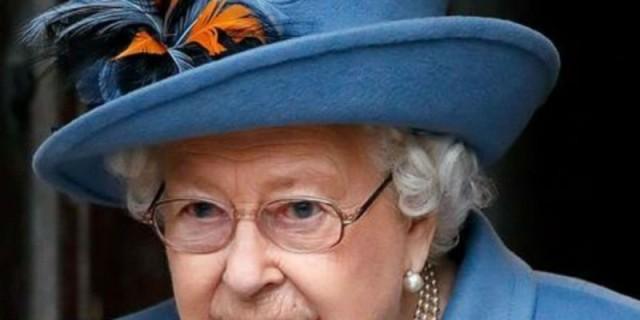 Βασίλισσα Ελισάβετ: Κι όμως έχει έναν τρόπο να επικοινωνεί εν μέσω καραντίνας με τα δισέγγονα της
