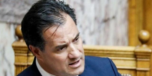 Κινείται νομικά ο Άδωνις Γεωργιάδης σε αυτούς που έγραψαν πως πέθανε ο γιος του