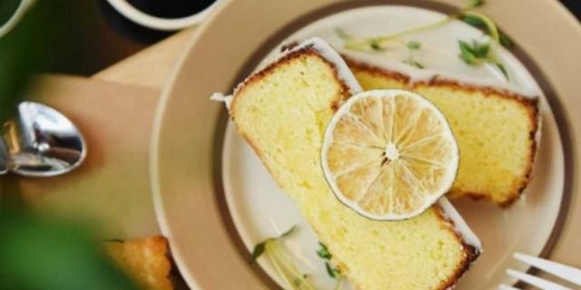 Θα σε... κολάσει το κέικ λεμόνι που
