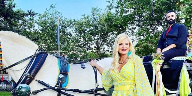 Μαρίνα Πατούλη: Έκλεψε τις εντυπώσεις με το μίνι φόρεμα της -  Όλοι κοίταγαν τα πόδια της