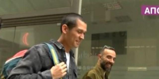 Σωτήρης Κοντιζάς: Τον «τσάκωσε» η κάμερα και τον ρώτησε για την εγκυμονούσα σύζυγό του