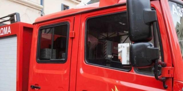 Φωτιά στην Κνωσό - Απειλούνται σπίτια