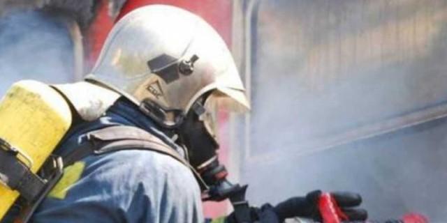 Ανησυχία για τη φωτιά στο Λαύριο - Εκκενώνεται η κατασκήνωση