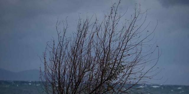Καιρός: Προσοχή! Μετά τις καταιγίδες έρχονται ισχυροί άνεμοι