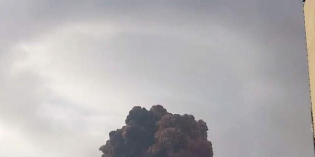 Πανικός στη Βυρητό - Δέκα νεκροί από εκρήξεις