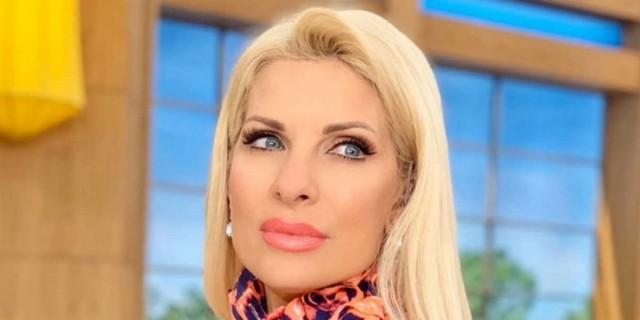 Η νέα φωτογραφία της Ελένης - Χωρίς μακιγιάζ και με ατημέλητο μαλλί