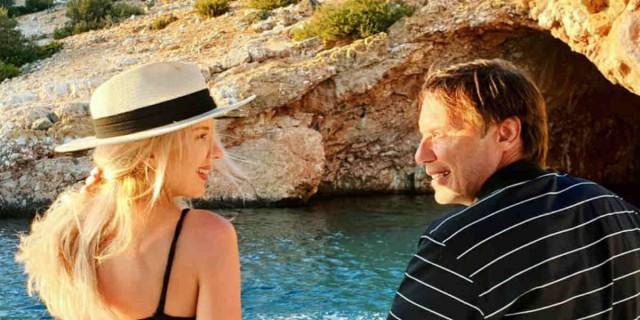 Στράτος Τζώρτζογλου - Σοφία Μαριόλα: Διακοπές με απίστευτο σκάφος στα Κουφονήσια