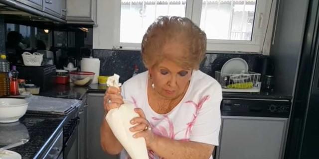 Δροσερό γλυκό ψυγείου από τη Βέφα Αλεξιάδου - «Λιώνει» στο στόμα