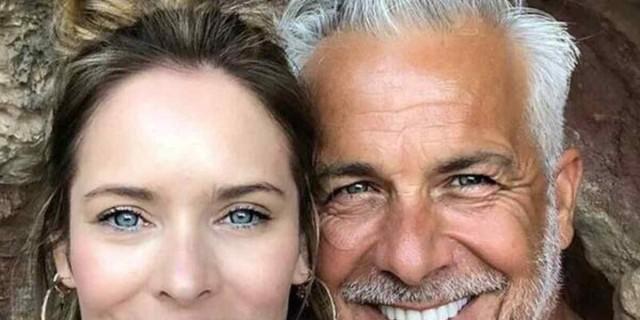 Χάρης Χριστόπουλος - Ανίτα Μπραντ: «Λιώσαμε» με το βίντεο του μπέμπη τους από την παραλία