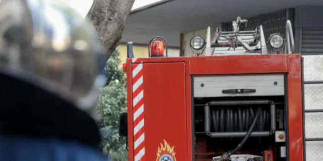 Φωτιά τώρα σε κτήριο στην Αθήνα!