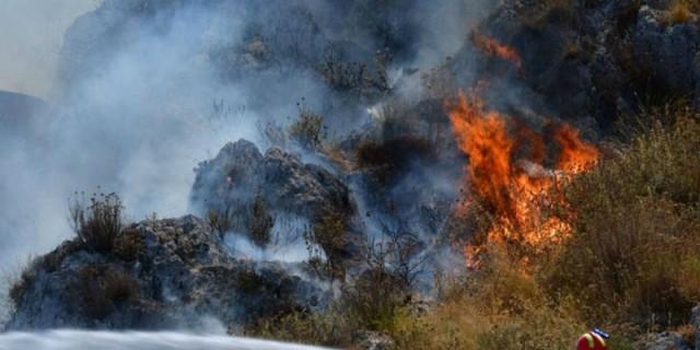 Φωτιά στην Πάρο!