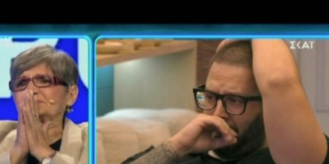 Big Brother: «Λύγισε» ο Νικόλας Παπαπαύλου μόλις είδε τη μαμά του και την αδερφή του