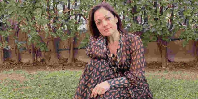 Ελένη Καρακάση: Σοκάρει η ηθοποιός -