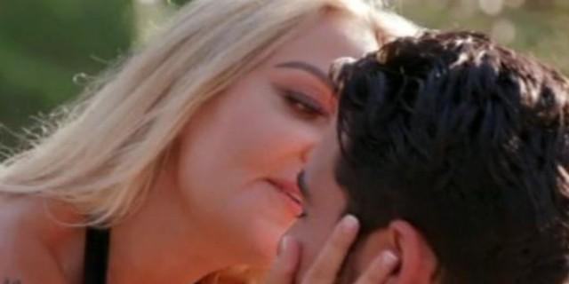 The Bachelor: Τρυφερές στιγμές για Έλενα - Βασιλάκο! «Προσπαθώ να συγκρατήσω τον εαυτό μου»