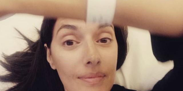 Νόνη Δούνια: Ανατριχιαστική η φωτογραφία με τα σημάδια του χειρουργείου στο στήθος!