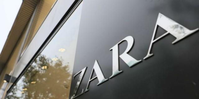 Σε εξωφρενικά μοναδική τιμή αυτό το πλεκτό φόρεμα των Zara - Τάση για τον χειμώνα 2021