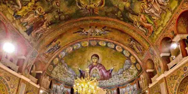 Κορωνοϊός: «Έκρηξη» κρουσμάτων μετά από κηδεία στην Πρέβεζα