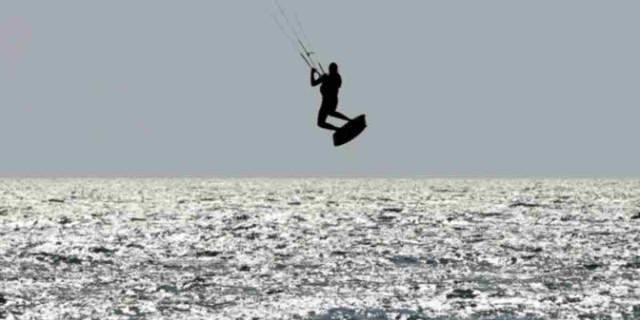 Τραγωδία στη Ρόδο -  Νεκροί 2 kitesurfers