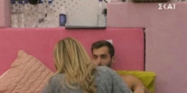 Big Brother: Τρυφερά τετ α τετ Σοφίας με Κεχαγιά - «Σ' αγαπάω, μ'ακούς;»