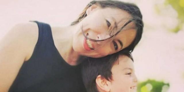 «Ράγισε» καρδιές η Αλίκη Κατσαβού - Το συγκλονιστικό μήνυμα για την οικογένειά της με τον Κώστα Βουτσά