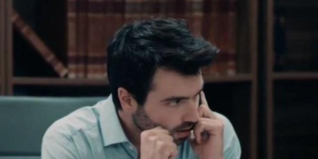 8 Λέξεις: Ο Δημήτρης καταστρέφει τον Άκη - «Τον έβαλε στο βρακί σου, ηλίθια»
