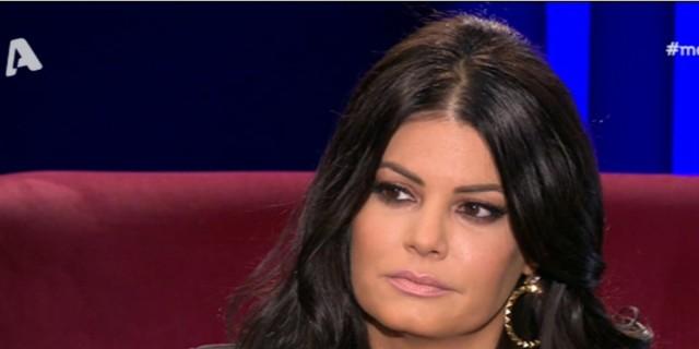Μαρία Κορινθίου - Μεσάνυχτα: «Υπήρξα θύμα παρενόχλησης και είδα να το χλευάζουν και να το ειρωνεύονται»