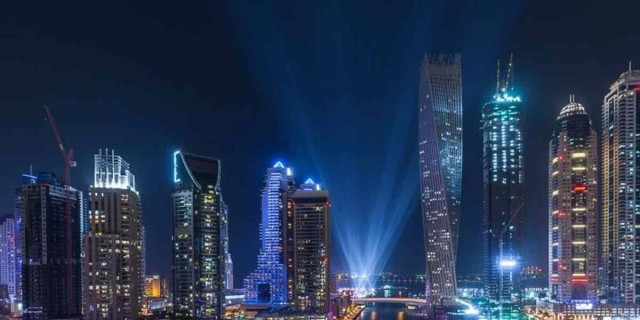 Ντουμπάι: Αυξήθηκαν τα κρούσματα - Αναβλήθηκαν τα πάρτι