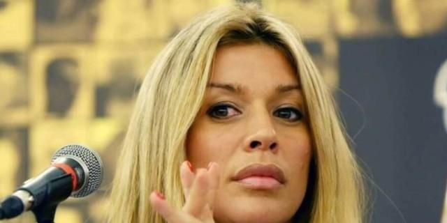 Και η Πρεζεράκου στο πλευρό της Μπεκατώρου - «Είχα απωθήσει ανθρώπους με ερωτική πρόθεση»