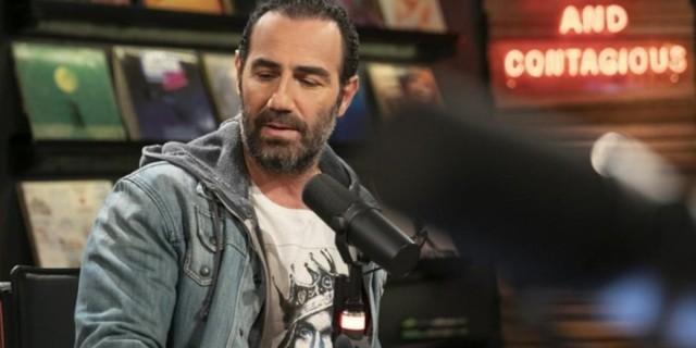 Αντώνης Κανάκης: Την Τσικνοπέμπτη η πρεμιέρα του «Βινύλιου» στο OPEN