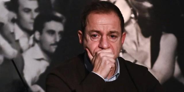 Δημήτρης Λιγνάδης: Βρέθηκε στο σπίτι του επιστολή που καταγγέλλει τις «ερωτικές ιστορίες» του με μαθήτριες