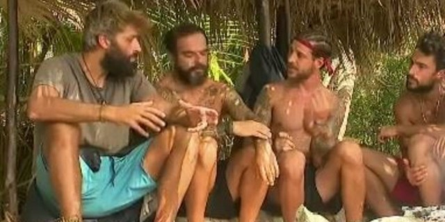Survivor 4 - Μπόγδανος σε Παππά: