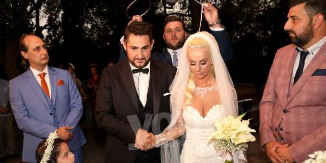 Παντρεύτηκε ο Κυριάκος Κυανός με την Στάτη Μπούρα