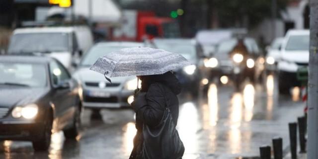Καιρός 25/10: Ήρθε χειμώνας - Βροχές και πτώση θερμοκρασίας