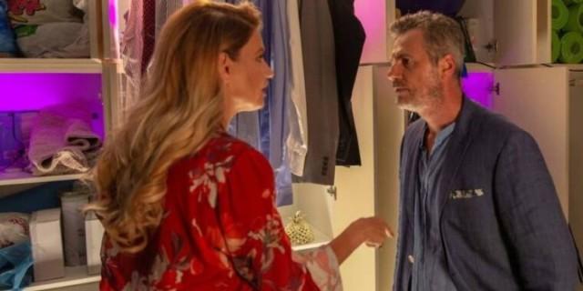Άσε Μας Ρε Μαμά: Ο Θωμάς εξαφανίζεται - Αρνείται να δεχθεί τη σχέση της Ρωξάνης με το Ζαχαρία