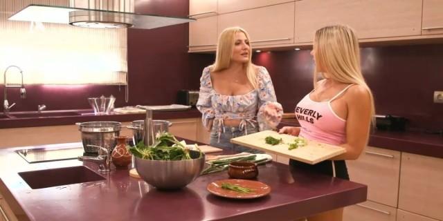The  Bachelor 2: Η Αθηνά New York ετοίμασε σπανακόπιτα για την πεθερά της
