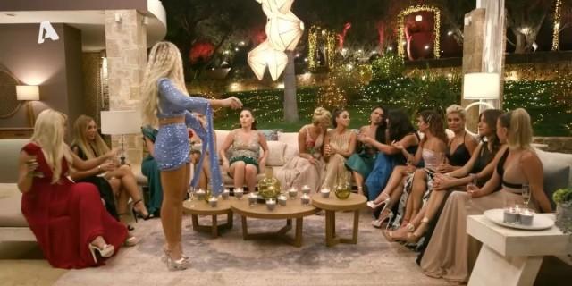 The  Bachelor 2: Αυτή η κοπέλα αποχώρησε από τη βίλα