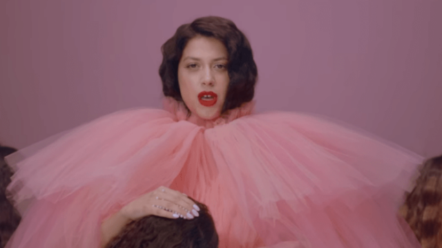 Eurovision: Η πρωτότυπη εμφάνιση της Κατερίνας Ντούσκα επί σκηνής που θα εντυπωσιάσει!