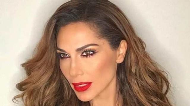 Δέσποινα Βανδή: Έτσι είναι η τραγουδίστρια χωρίς ίχνος μακιγιάζ!