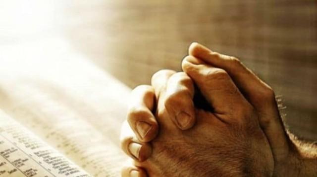 Η προσευχή που πρέπει να πεις για να ξεπλυθούν οι αμαρτίες σου!