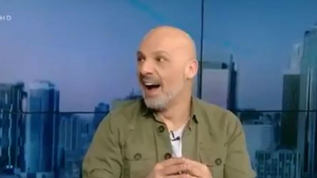 Νίκος Μουτσινάς: Δέχτηκε... επίθεση στο πλατό! Τι συνέβη;